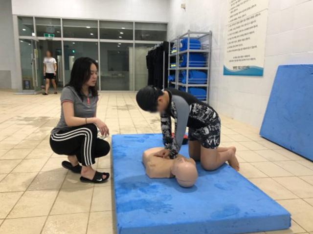 이용고객대상 응급처치 요령 및 심폐소생술 교육 사진